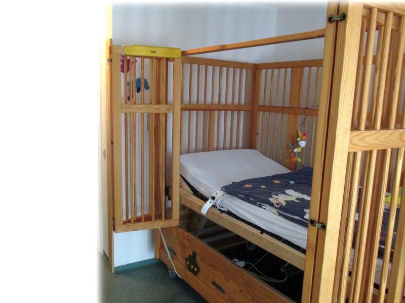 Modernes Kinderpflegebett